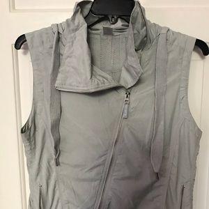 Mondetta lightweight Vest